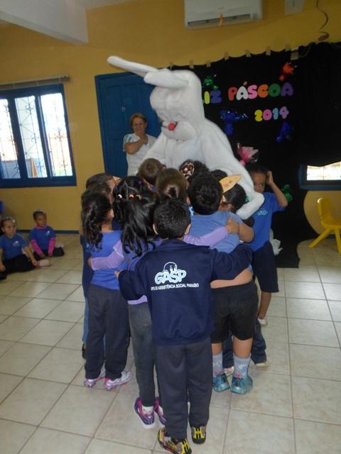Abraço no coelhinho